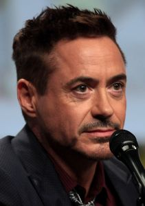 Robert_Downey_Jr_2014_Comic_Con_(cropped)
